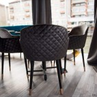 Kėdės restoranams, kavinėms