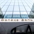 """""""Danske Bank"""" nutraukia visus ryšius su klientais: uždarys jų sąskaitas"""