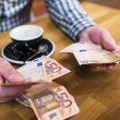 kritikuoja dar nepriimta sutelktinio finansavimo projekta