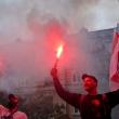 Laukia nerami naktis: baltarusiai vėl renkasi į gatves