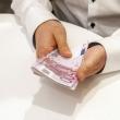 nusigrezus bankams verslas randa alternatyvu