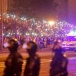 Protestai Baltarusijoje nerimsta: Minkse kyla barikados, pranešama apie pirmą mirtį
