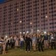 Trečias neramumų vakaras Baltarusijoje: protestuotojai keičia taktiką, trauktis neketina