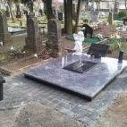 akmens gamyba kapaviečių